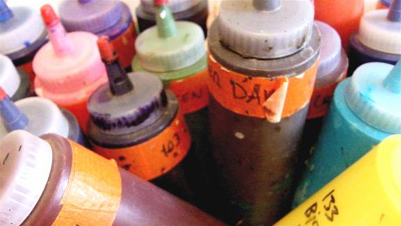 Acrylic_paint_bottles